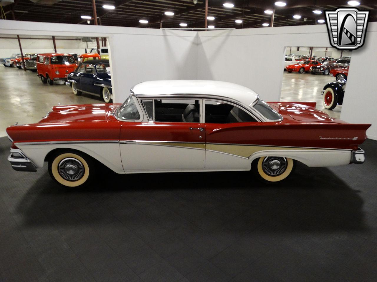 1958 Ford Fairlane 26