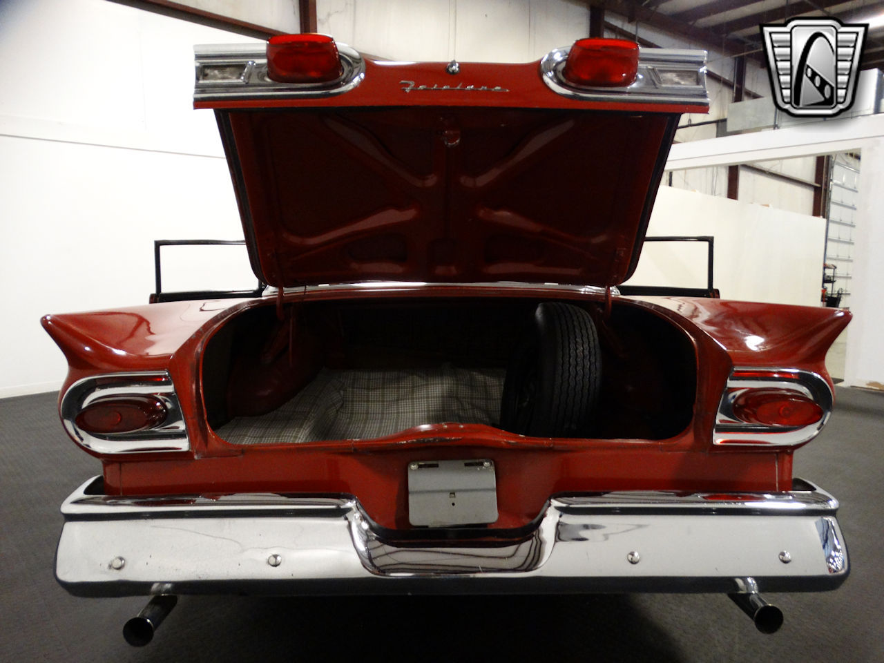 1958 Ford Fairlane 61
