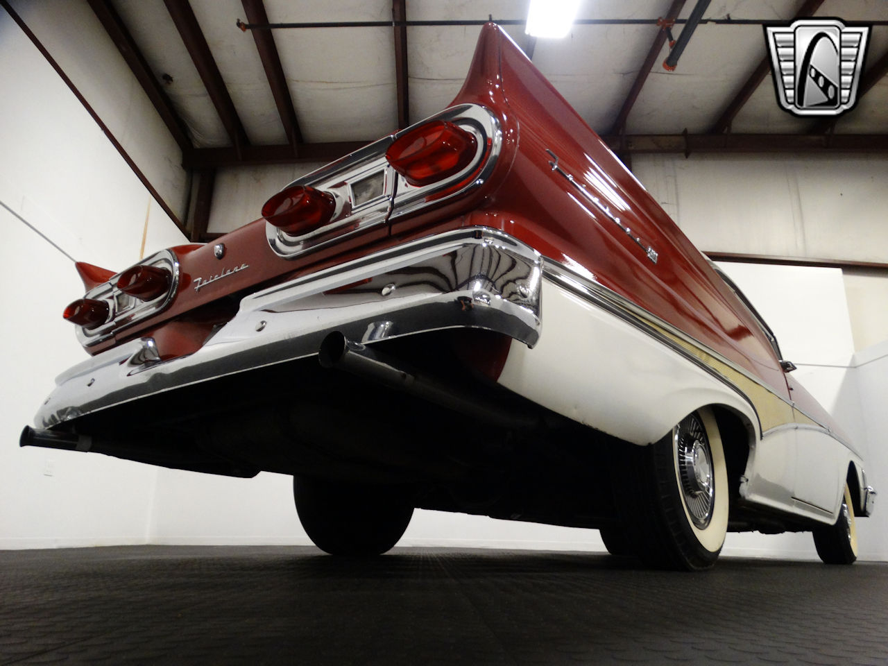1958 Ford Fairlane 37