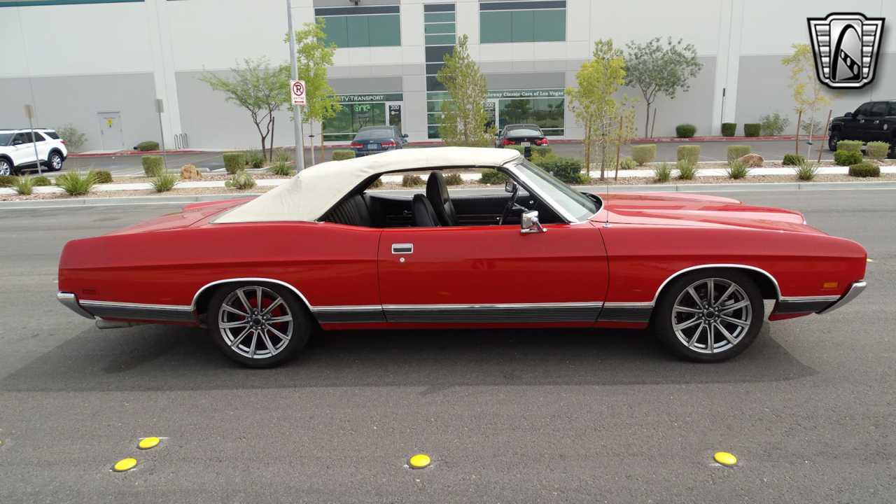 1971 Ford LTD 24