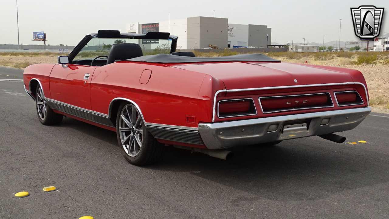 1971 Ford LTD 48