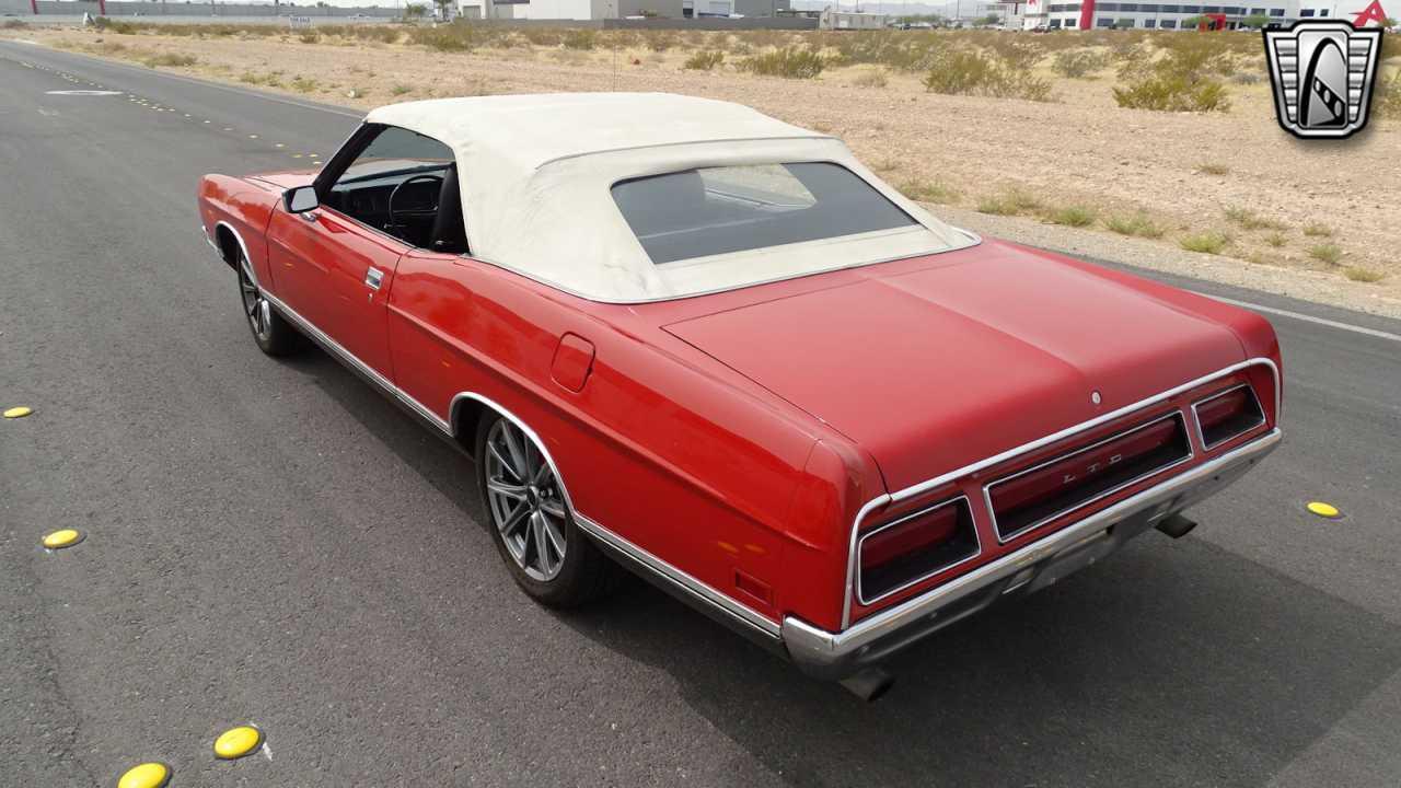 1971 Ford LTD 27