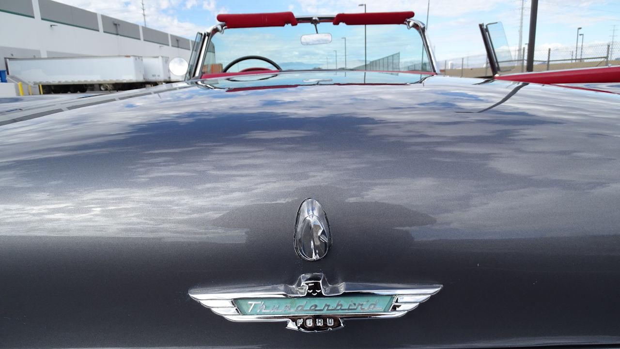 1957 Ford Thunderbird 44