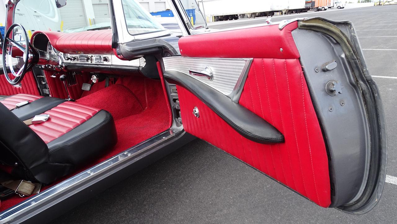 1957 Ford Thunderbird 73