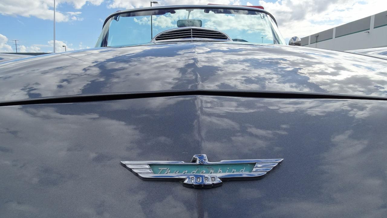 1957 Ford Thunderbird 83