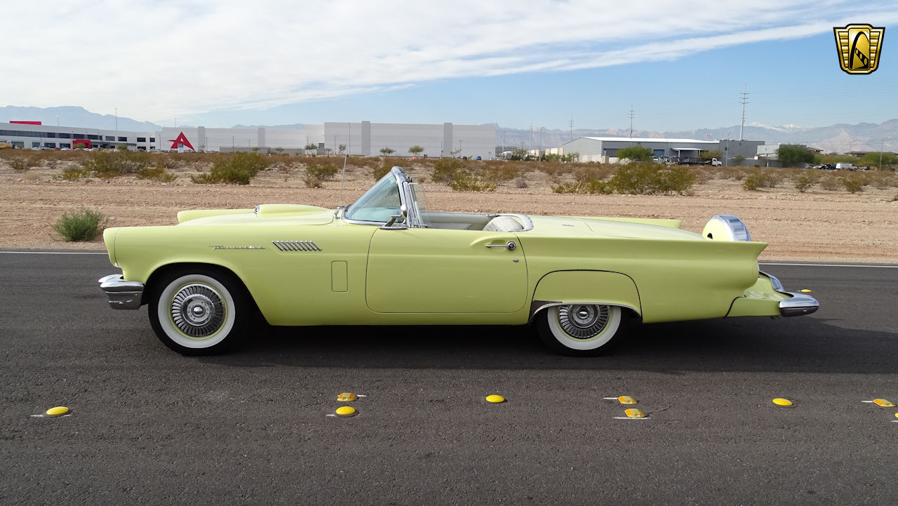 1957 Ford Thunderbird 7