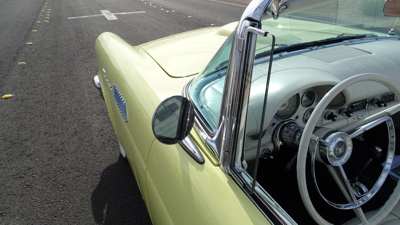 1957 Ford Thunderbird 34