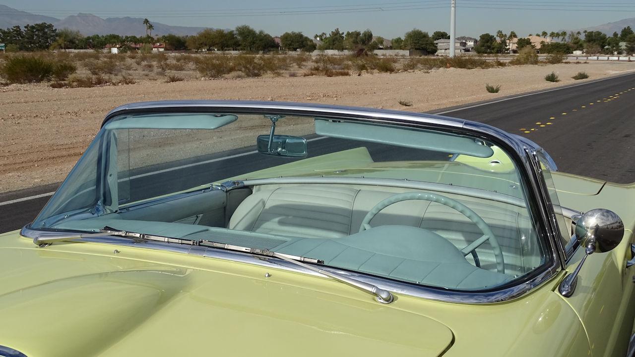 1957 Ford Thunderbird 55