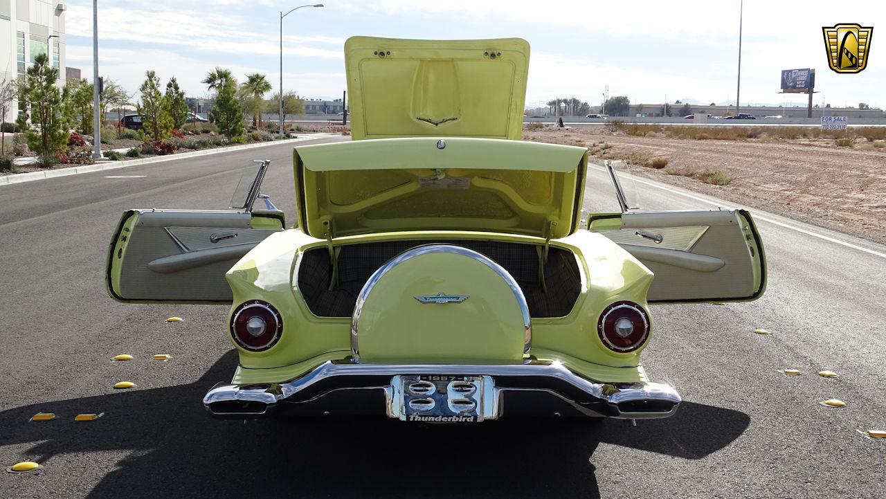 1957 Ford Thunderbird 56