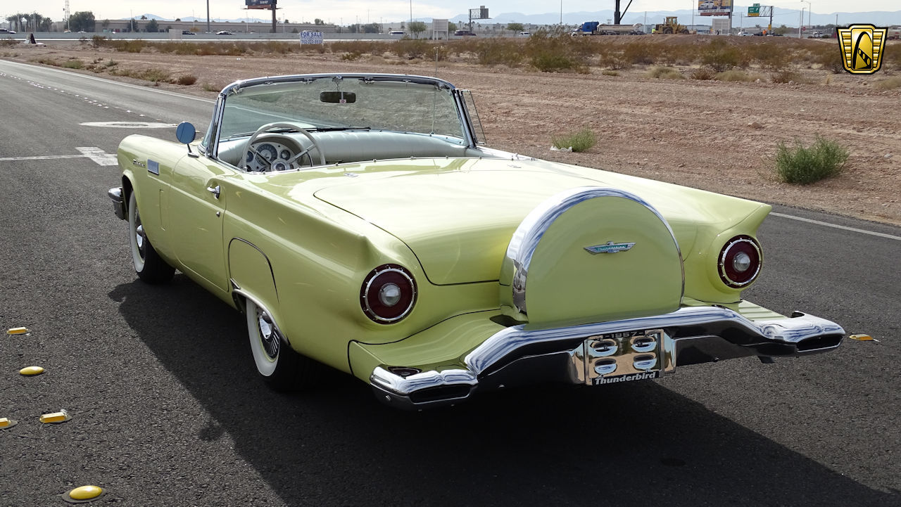 1957 Ford Thunderbird 86