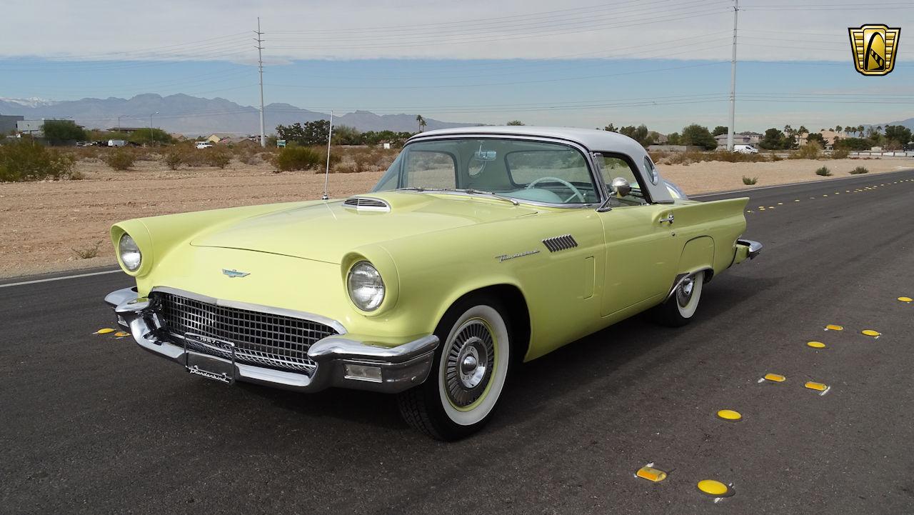 1957 Ford Thunderbird 91