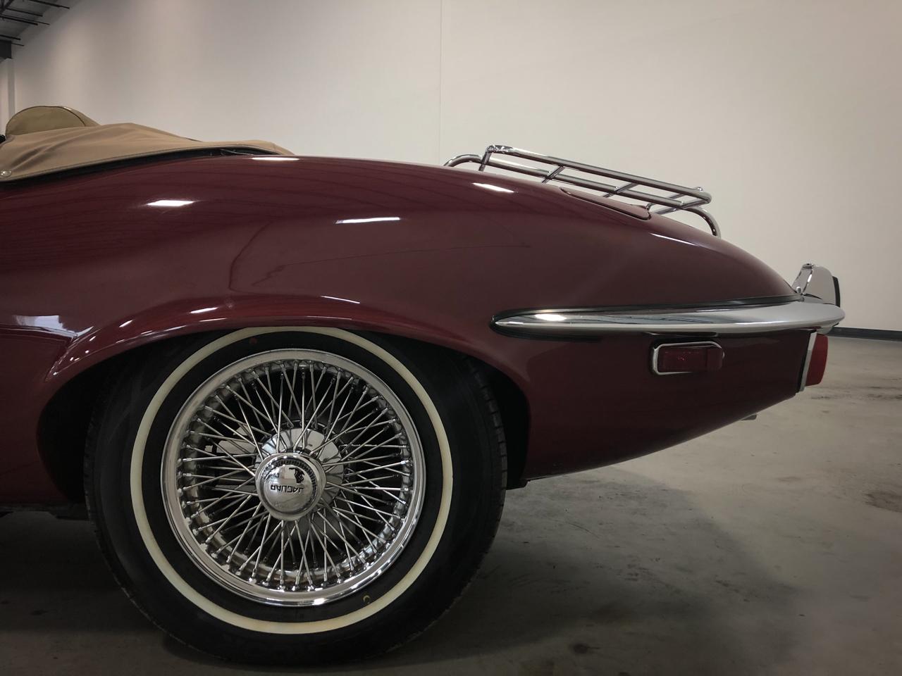 1973 Jaguar XKE 33