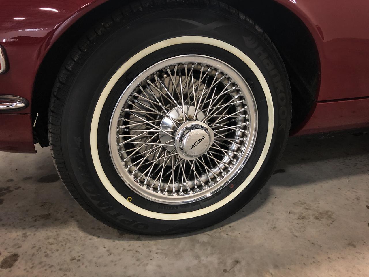 1973 Jaguar XKE 71
