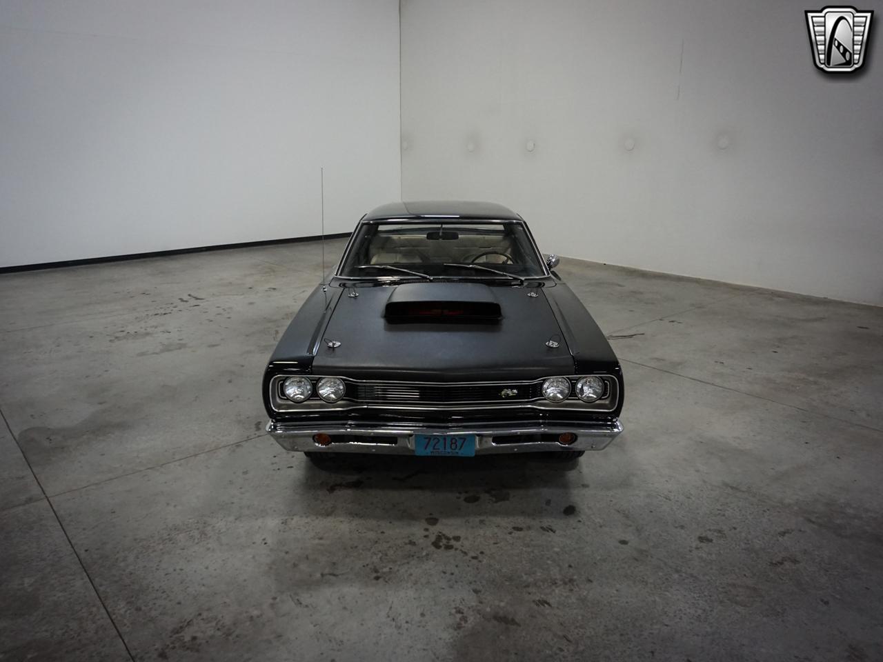 1969 Dodge Coronet 2