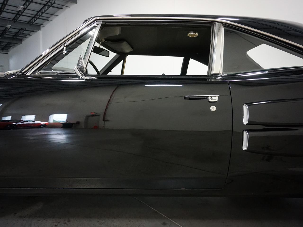 1969 Dodge Coronet 13