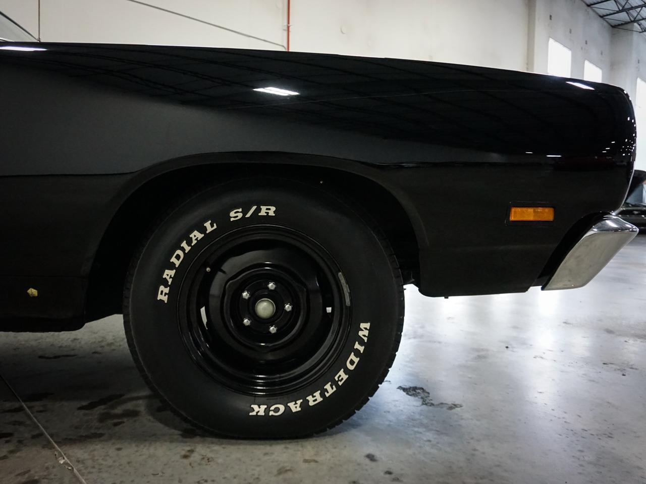 1969 Dodge Coronet 21