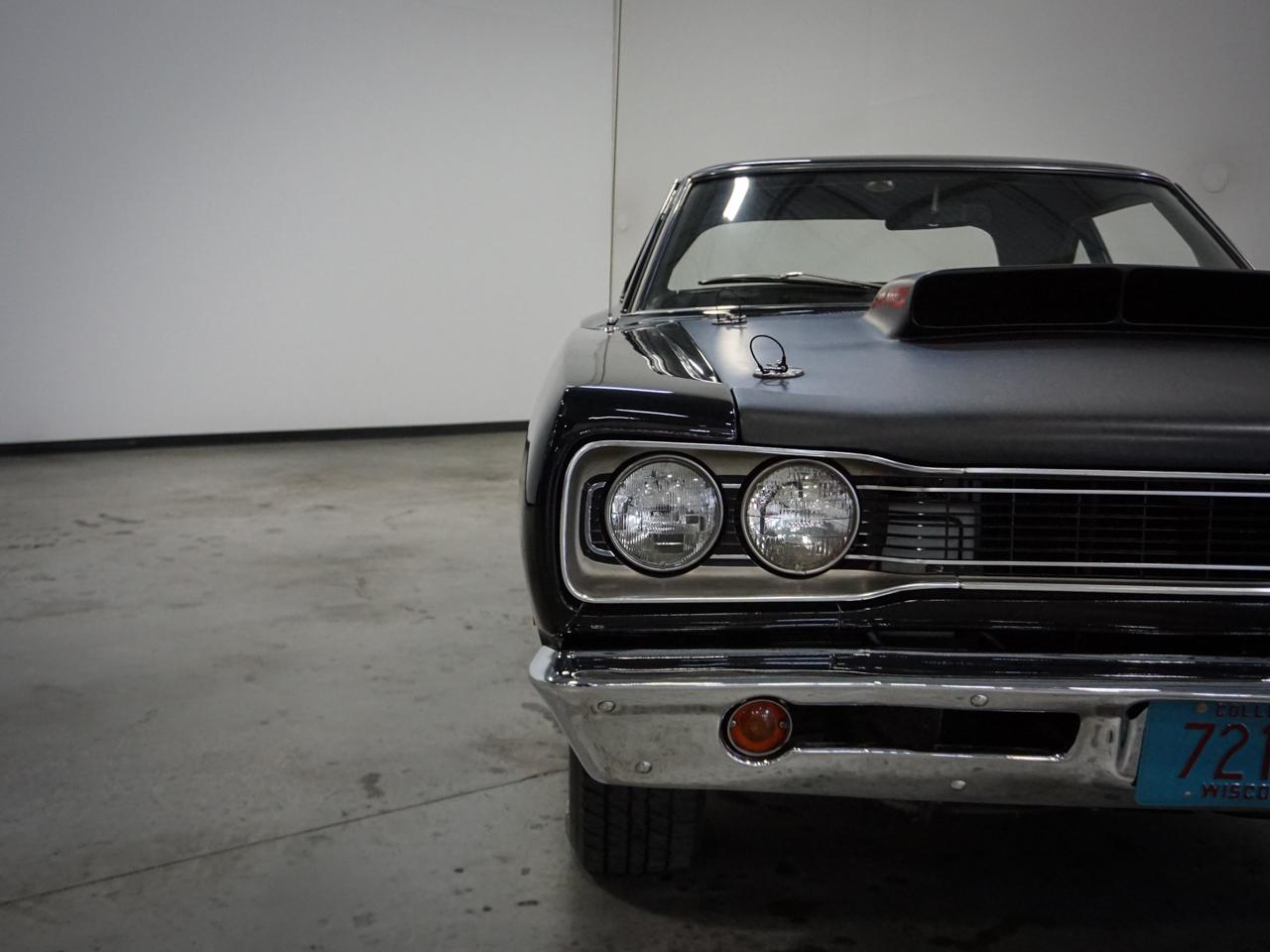 1969 Dodge Coronet 35
