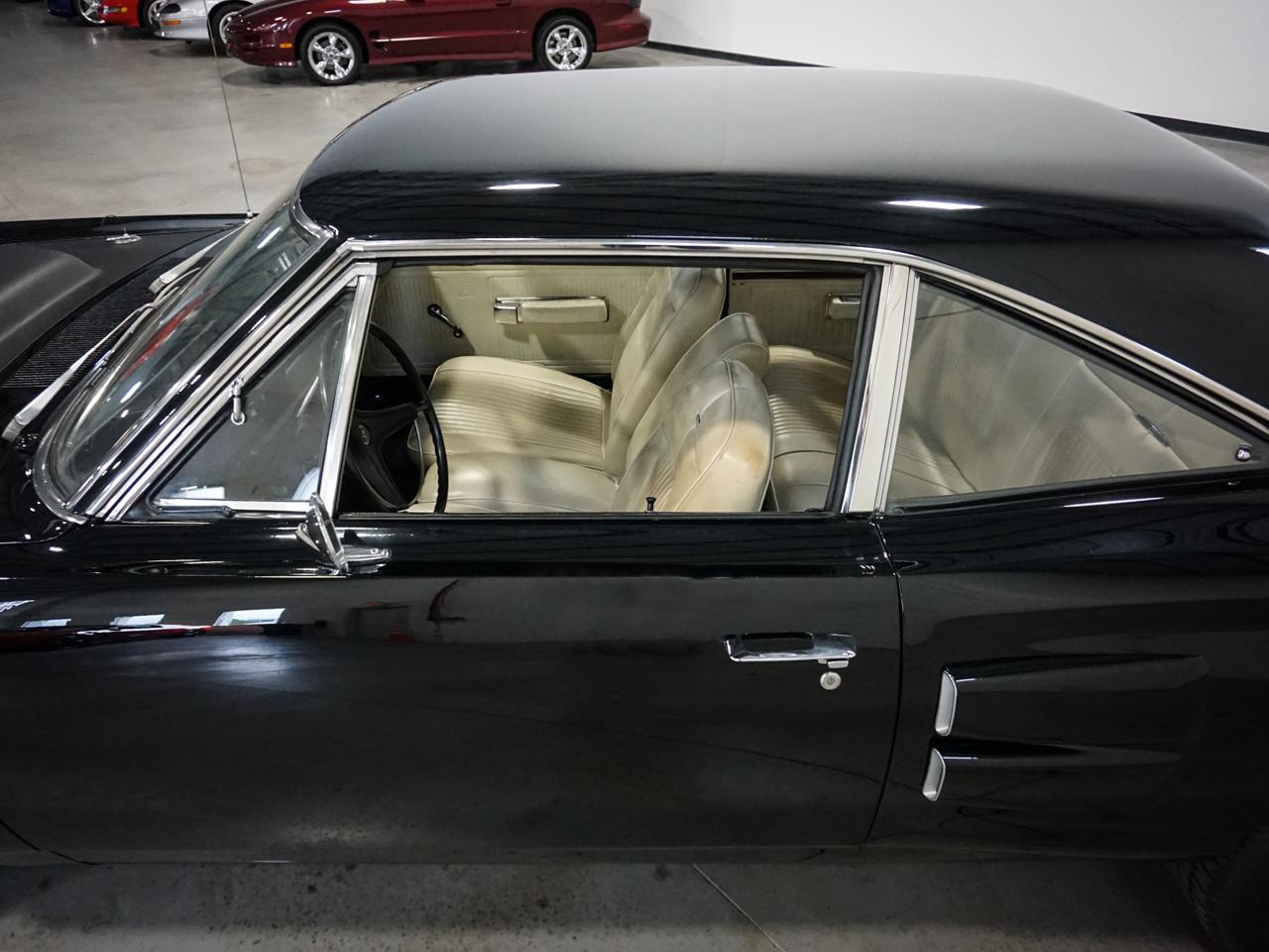 1969 Dodge Coronet 47