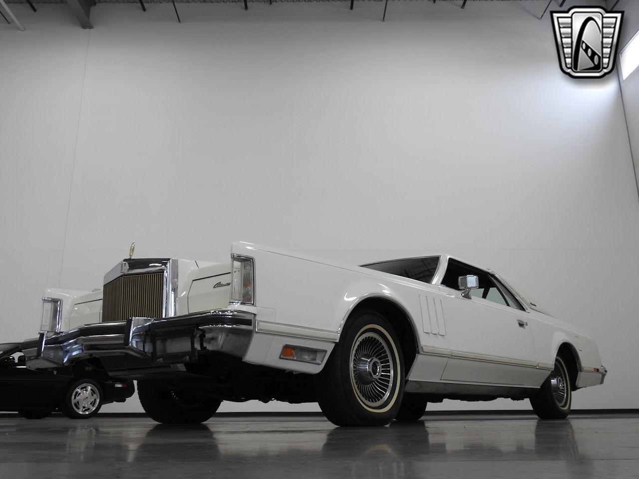 1979 Lincoln MKV 25