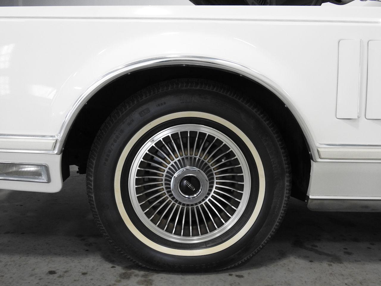 1979 Lincoln MKV 87