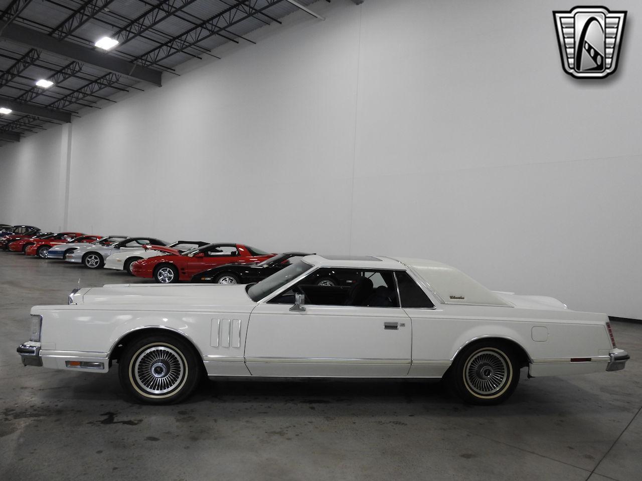 1979 Lincoln MKV 26