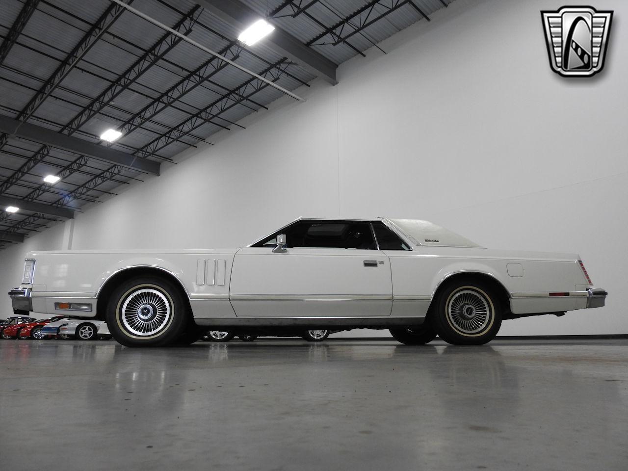 1979 Lincoln MKV 28