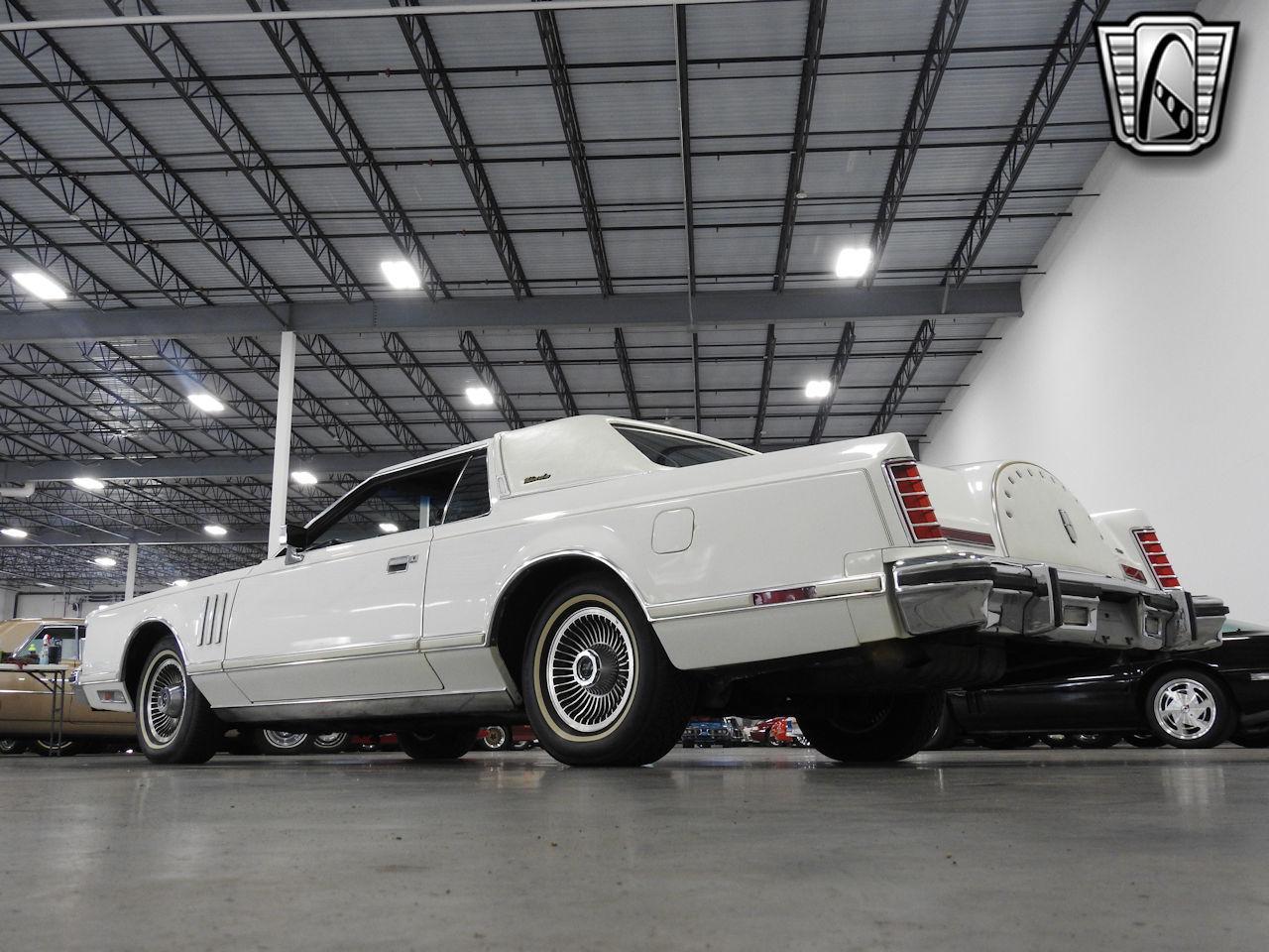 1979 Lincoln MKV 30
