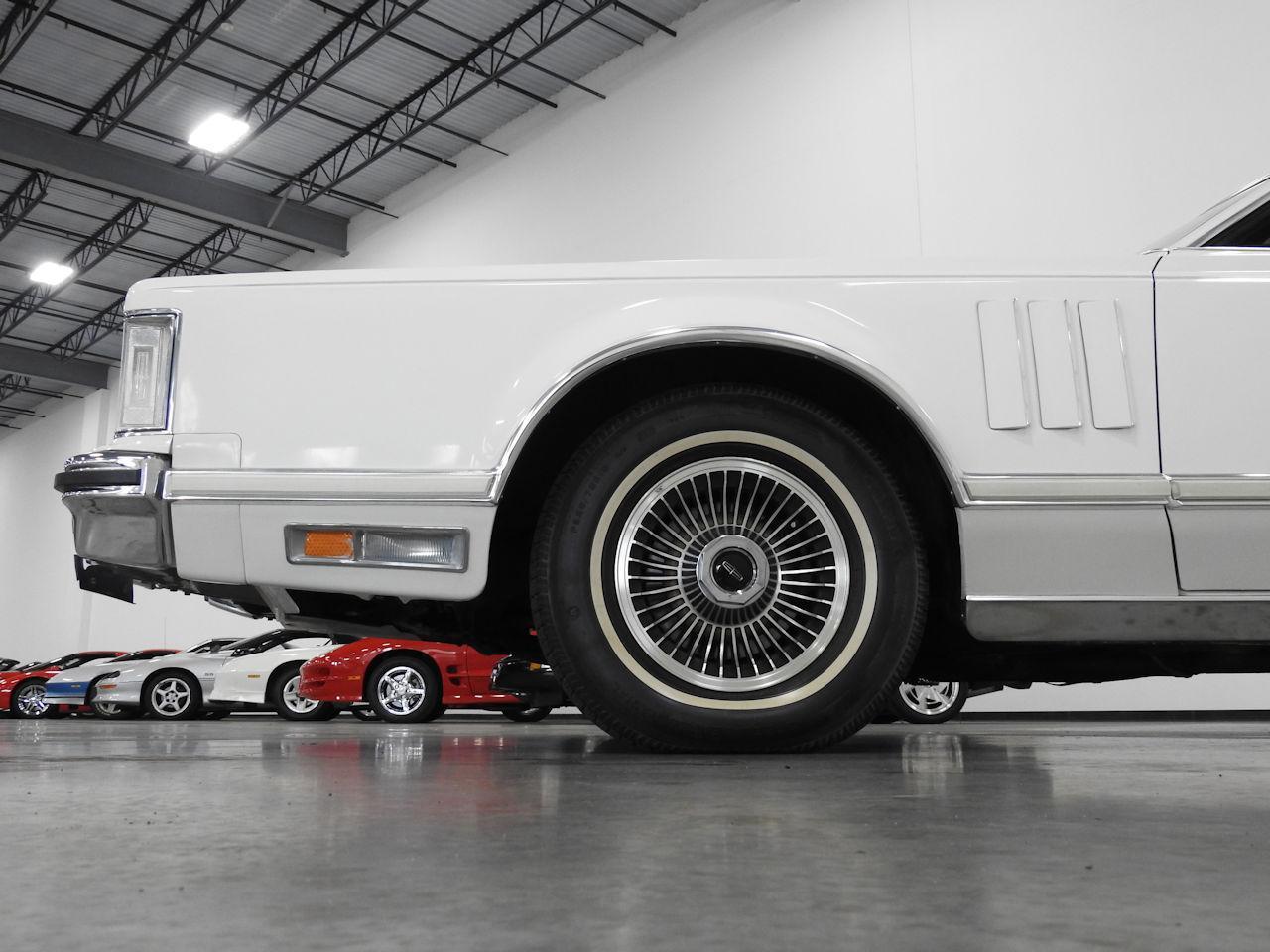 1979 Lincoln MKV 37
