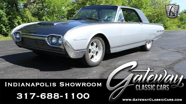 https://images.gatewayclassiccars.com/carpics/NDY/1330/mobile/1962-Ford-Thunderbird.jpg