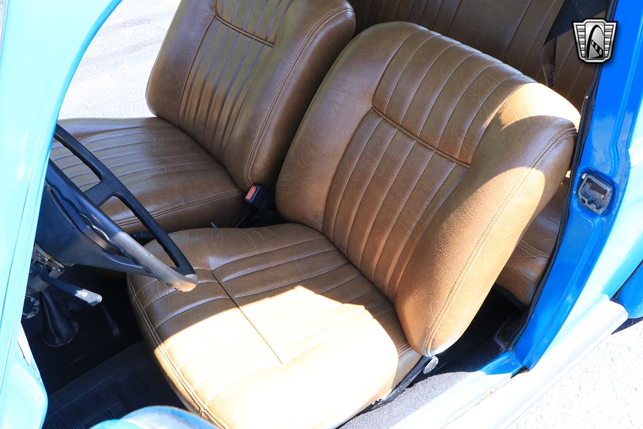 1976 Volkswagen Beetle 32