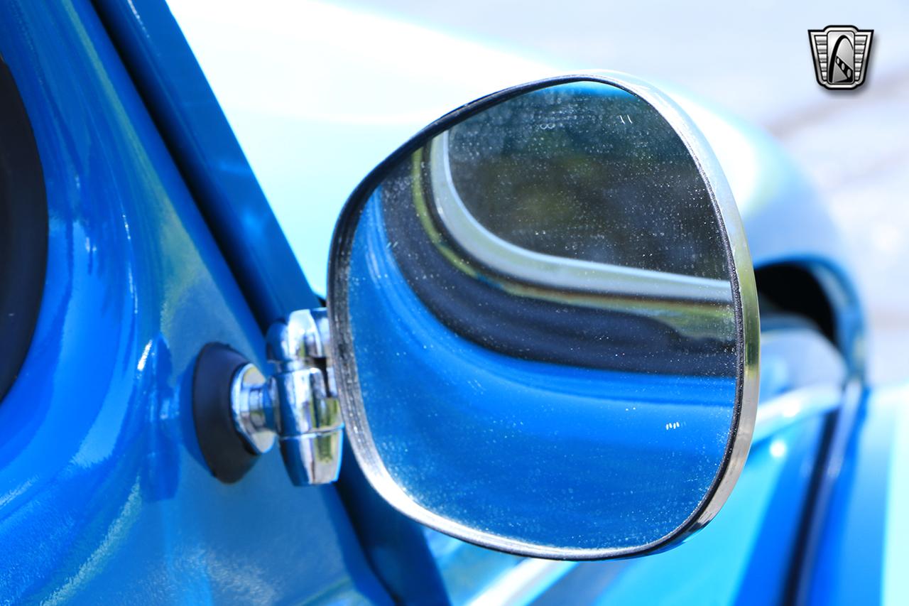 1976 Volkswagen Beetle 47