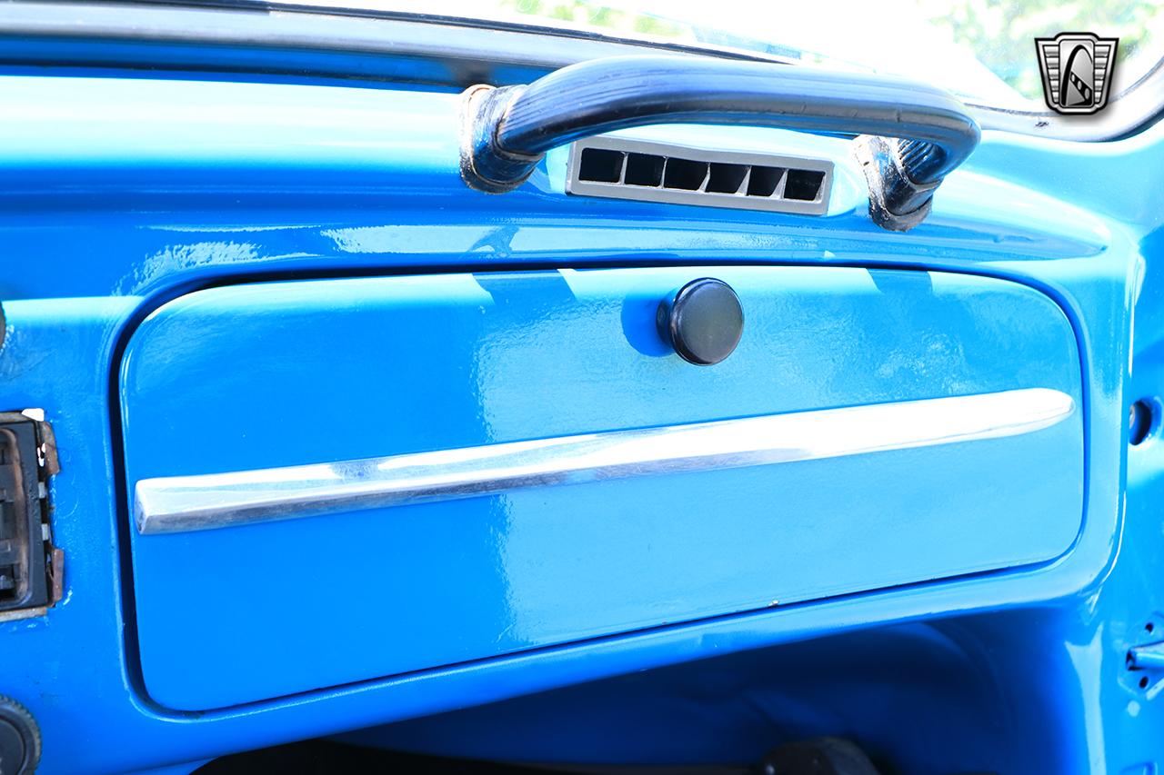 1976 Volkswagen Beetle 48
