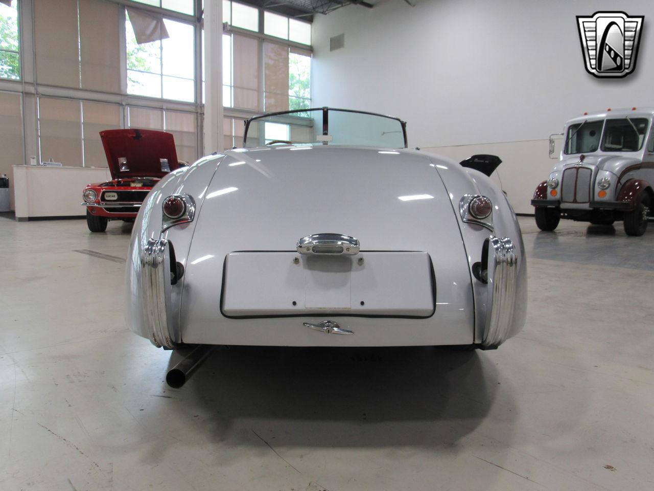 1954 Jaguar XK120 10