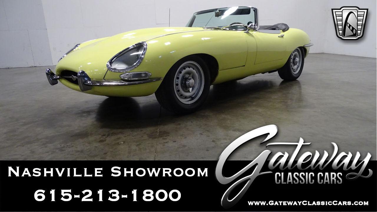 https://images.gatewayclassiccars.com/carpics/NSH/1154/1967-Jaguar-E-Type.jpg