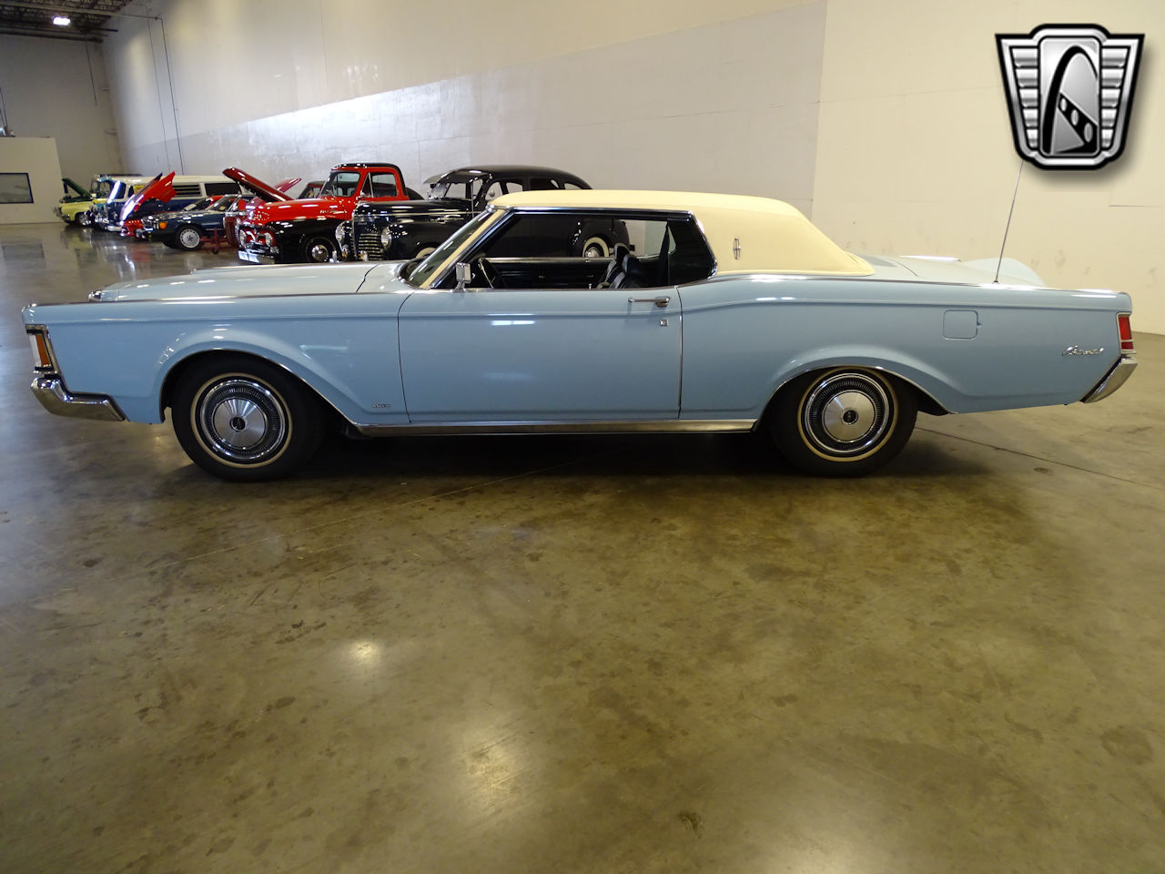 1970 Lincoln Continental 12