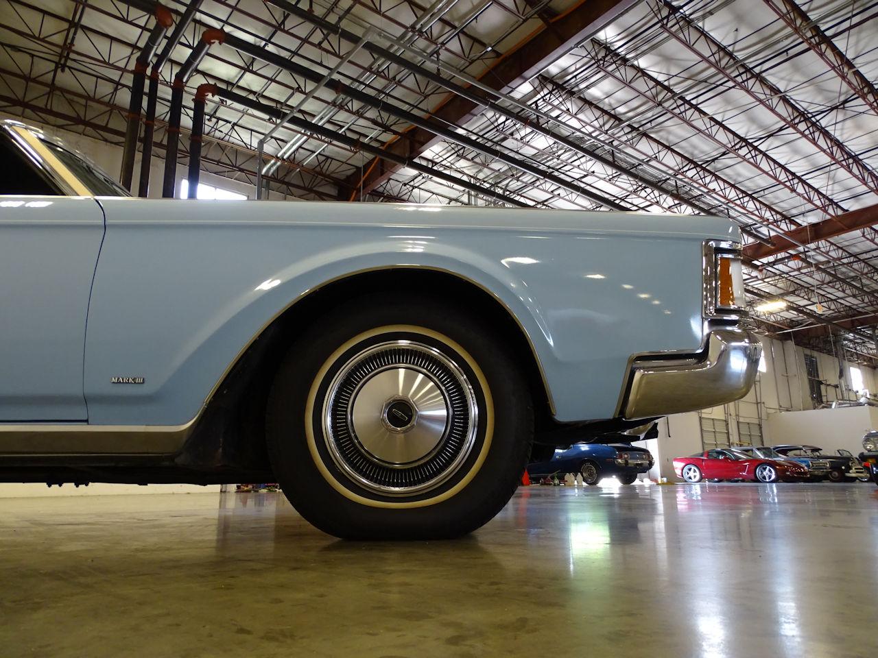 1970 Lincoln Continental 14