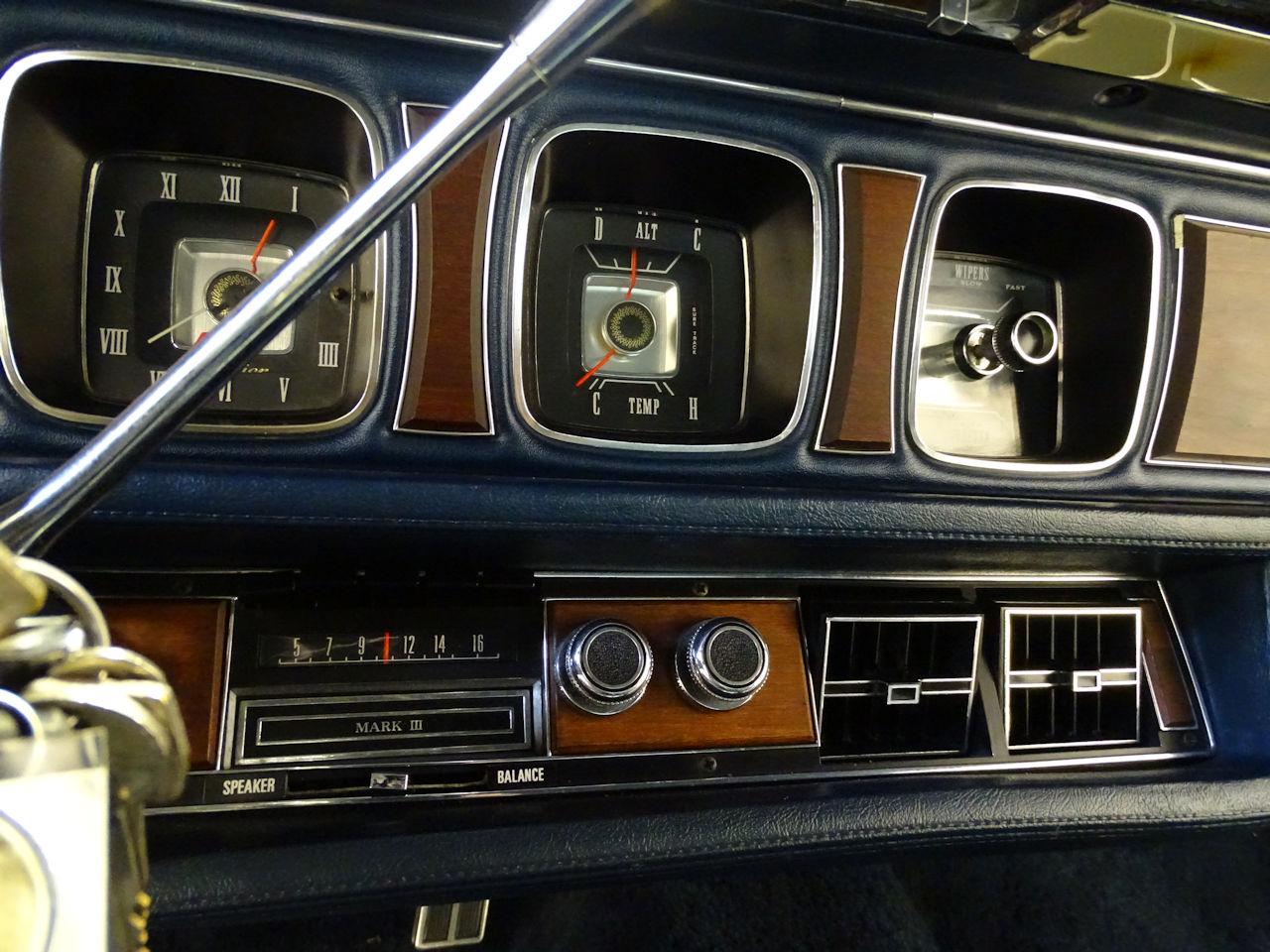 1970 Lincoln Continental 15