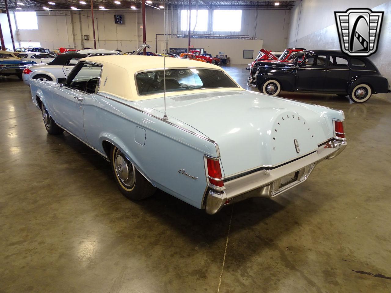 1970 Lincoln Continental 17