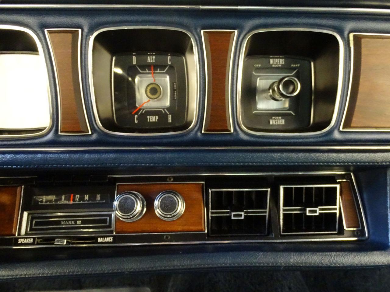 1970 Lincoln Continental 20