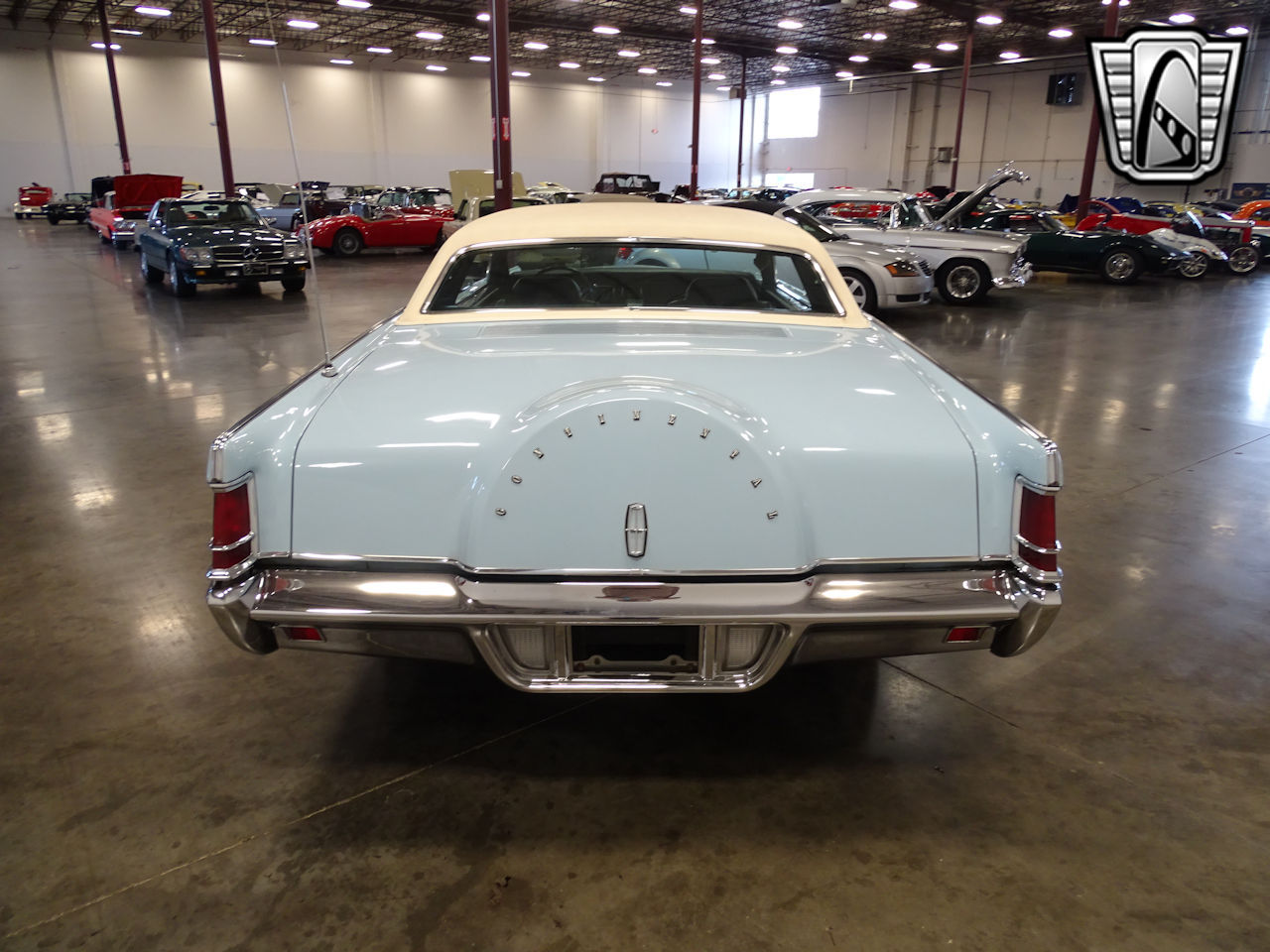 1970 Lincoln Continental 22