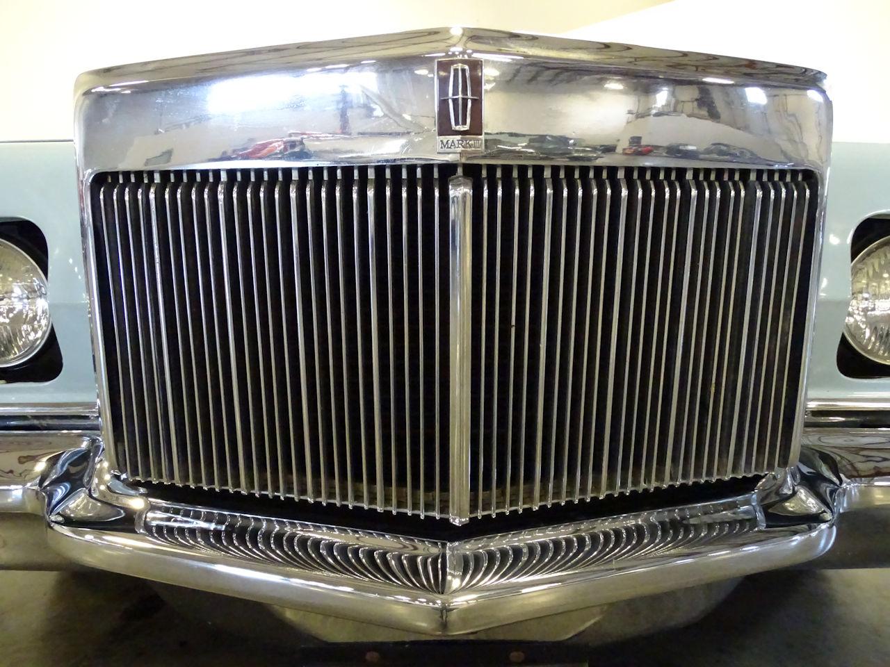1970 Lincoln Continental 24