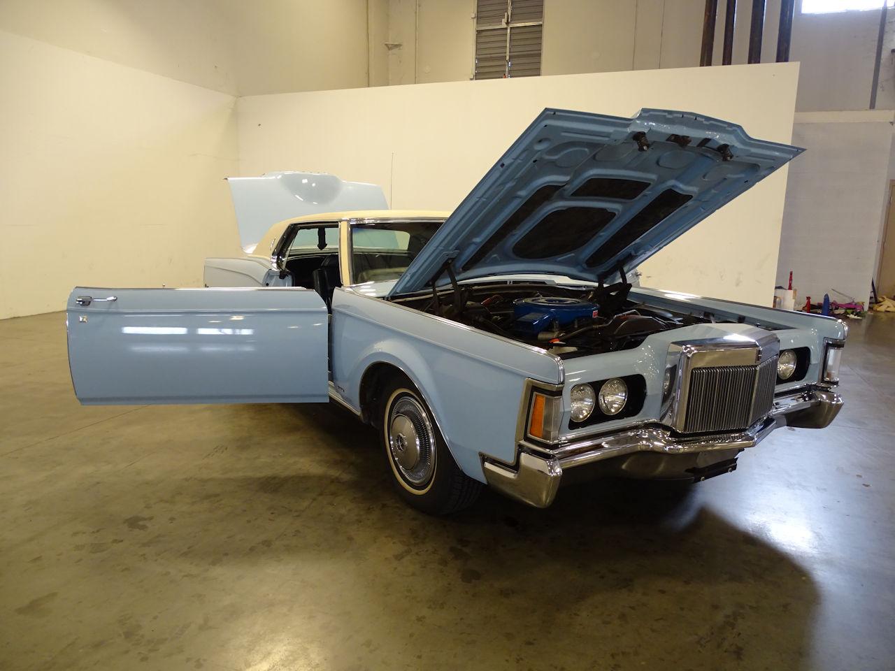1970 Lincoln Continental 28