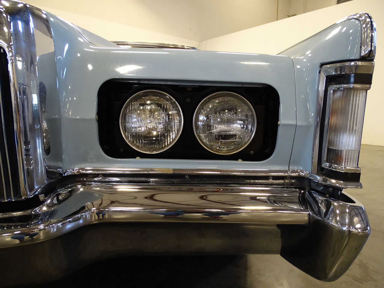 1970 Lincoln Continental 29