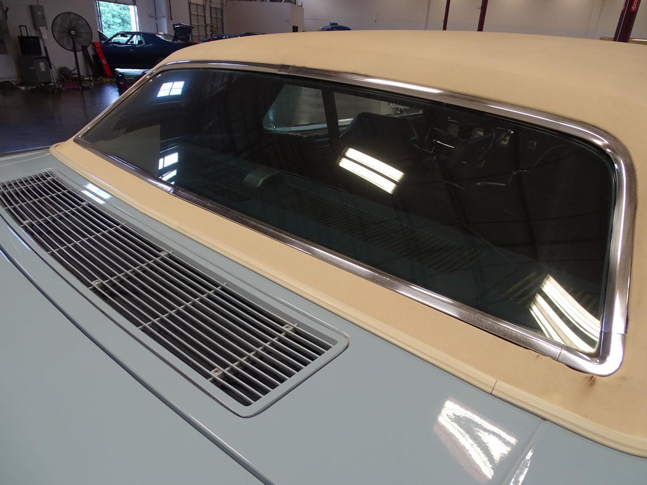 1970 Lincoln Continental 33