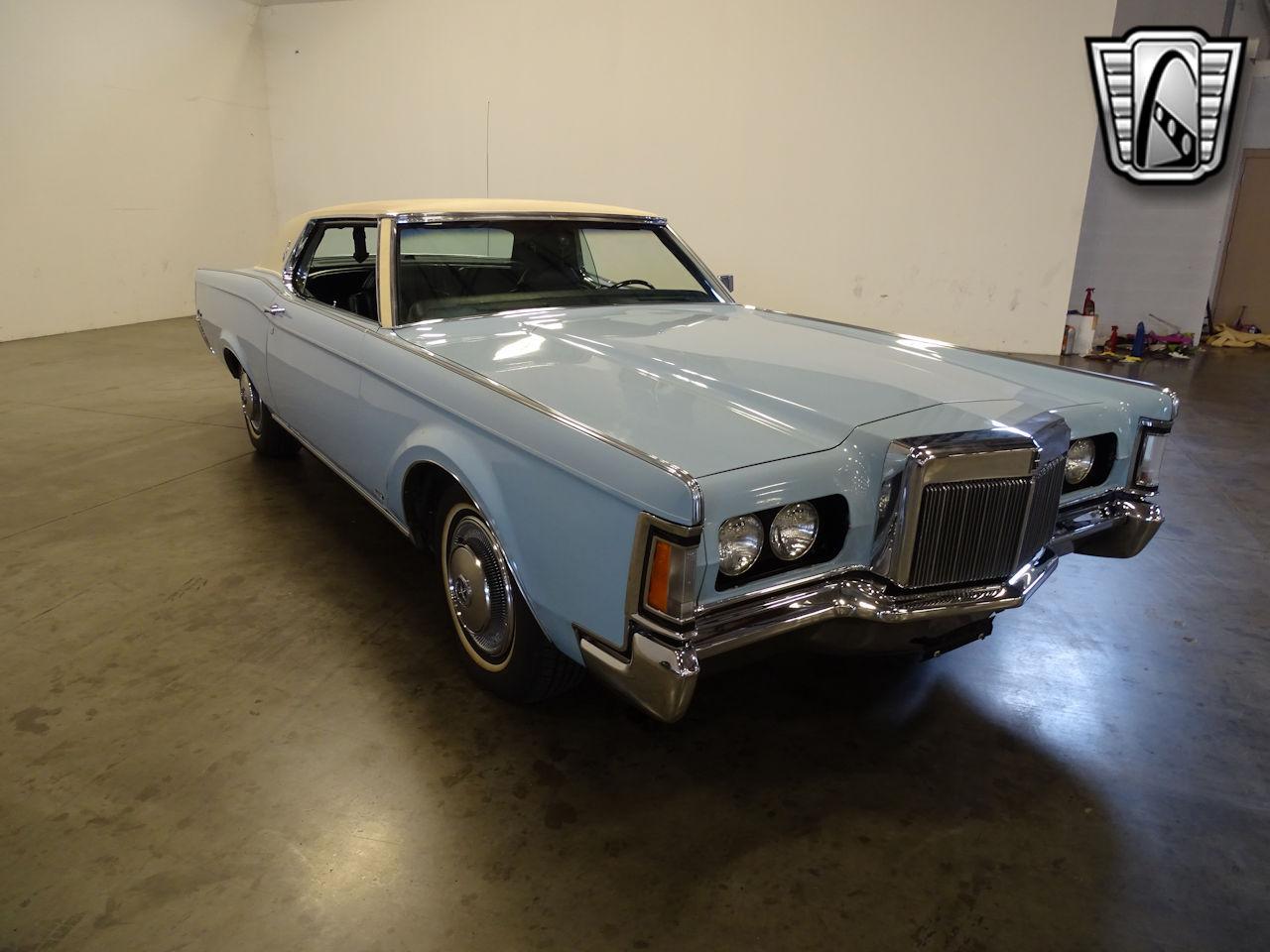 1970 Lincoln Continental 37