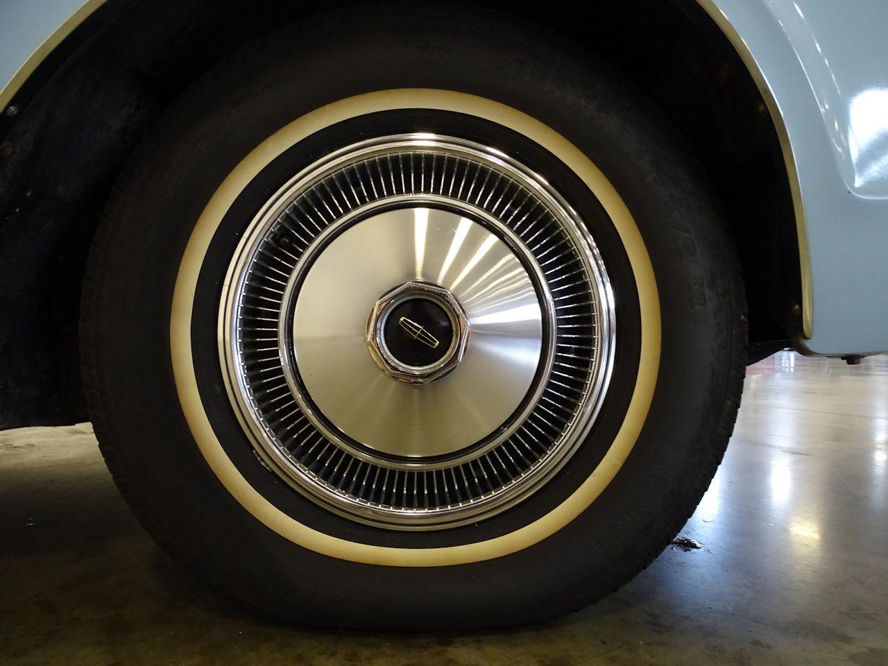 1970 Lincoln Continental 51