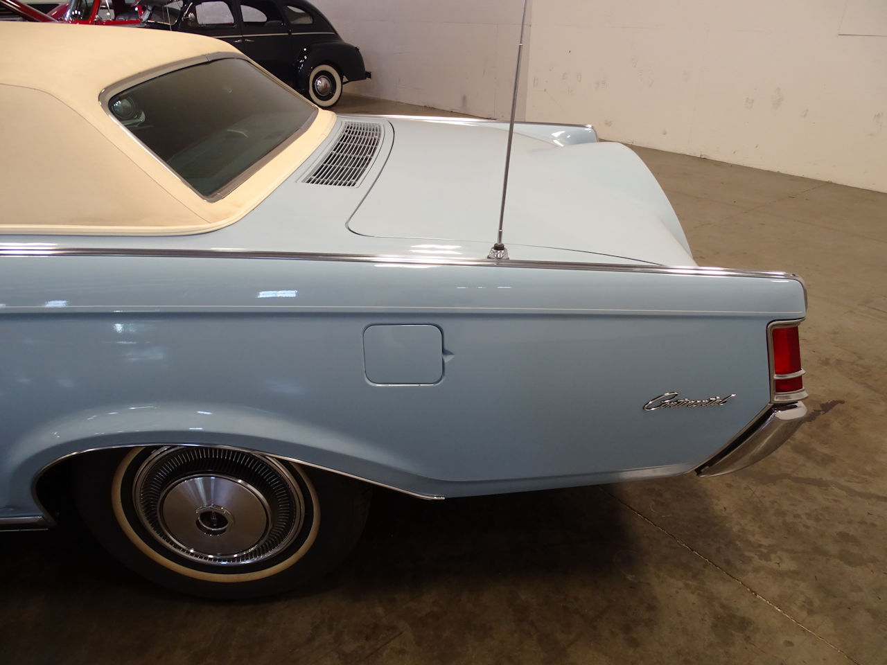 1970 Lincoln Continental 68