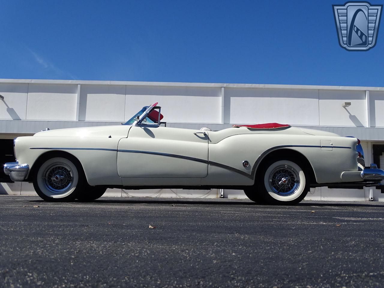 1953 Buick Skylark 32