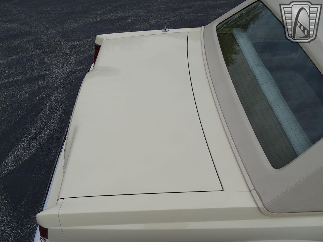 1983 Lincoln Continental 4