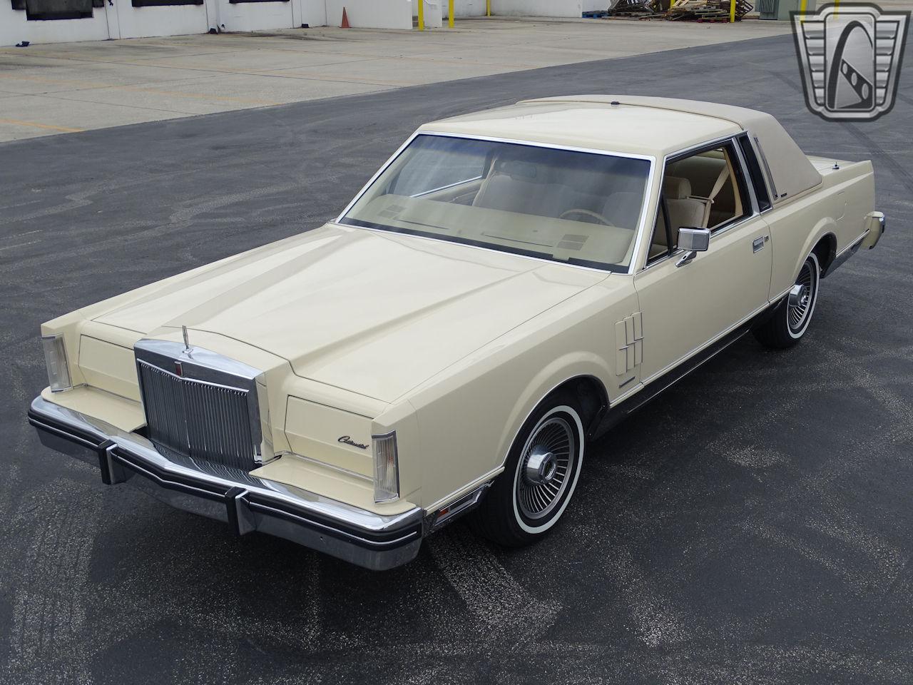 1983 Lincoln Continental 16